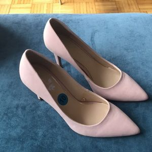 Brand new blush Jessica Simpson heels
